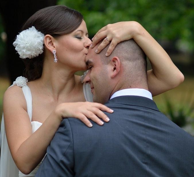 Сватбата на Камелия и Георги, Дипломатически клуб Горна Баня