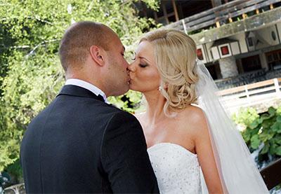 Сватбата на Деси и Вальо, х-л Двореца